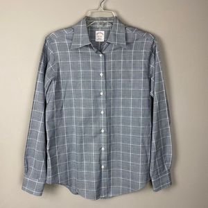 Brooks Brothers Classic Fit Button Up Size 6 Shirt